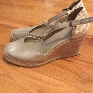 Champagne espadrille wedges